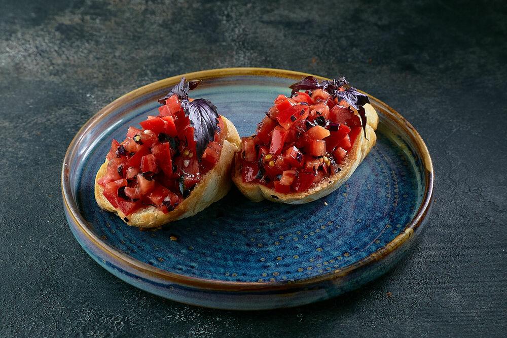 Bruschetta with Tomato Salsa