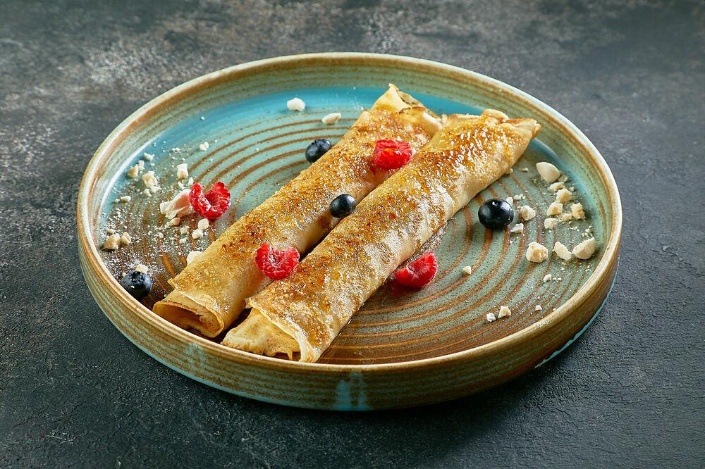 Pancakes with mascarpone