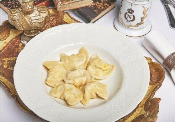 Dumplings with sweet cheese