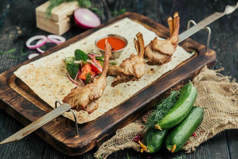 Lamb loin shish-kebab