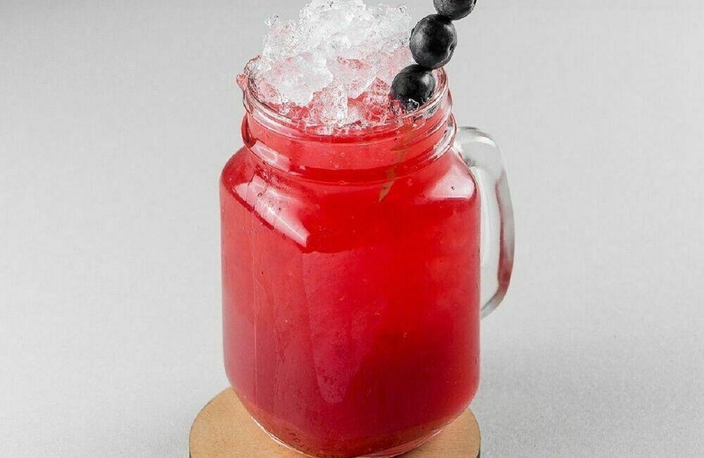 Homemade strawberry and basil lemonade 1 liter