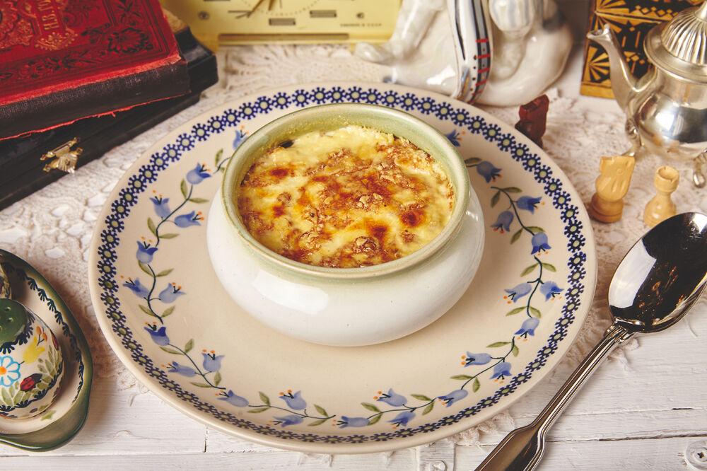 Guryev porridge with porcini mushrooms