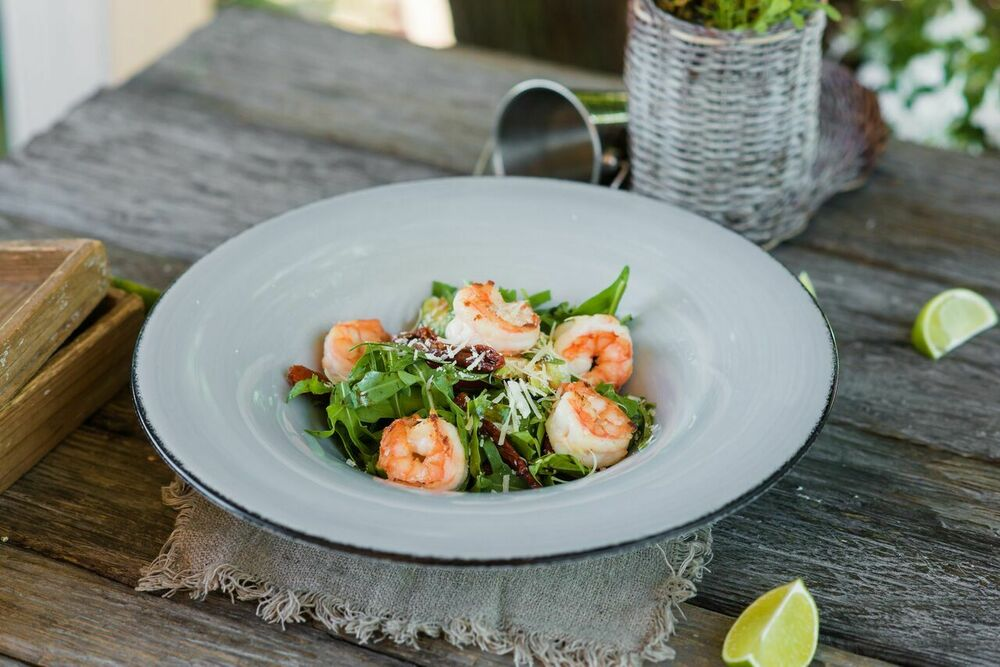 Arugula with shrimp and parmesan